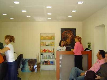 Abbate salon din bucuresti saloane saloane din romania for Abbate salon pareri